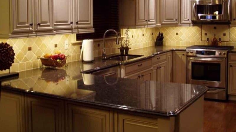 Размеры кухонных столешниц из лдсп, массива, искусственного и натурального камня. что нужно знать перед покупкой?