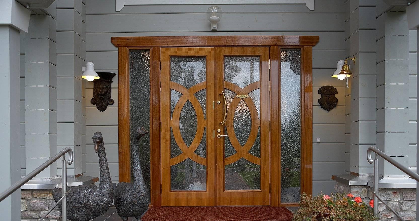 Входные двери для загородного дома - купить в москве по ценам производителя. продажа металлических дверей в загородный дом