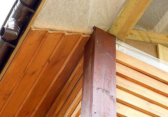Подшивка свесов и карнизов крыши: варианты + монтажные инструкции