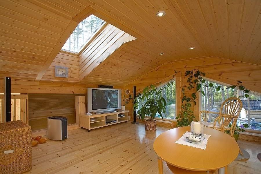 Потолок в  деревянном доме - какие идеи? 40 фото