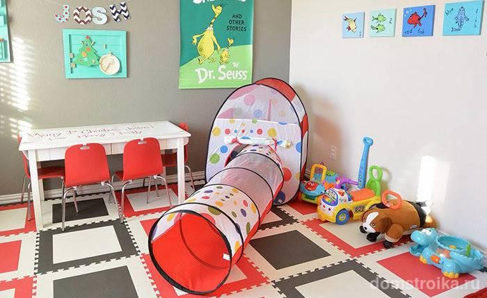 Целесообразность использование детского коврика для ползания, задачи изделия