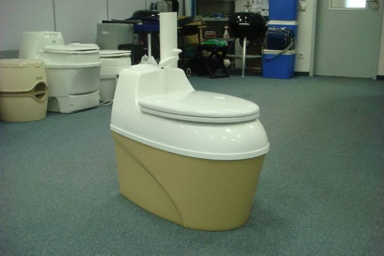 Биотуалет для дачи: как обойтись без откачки отходов и не страдать от неприятного запаха