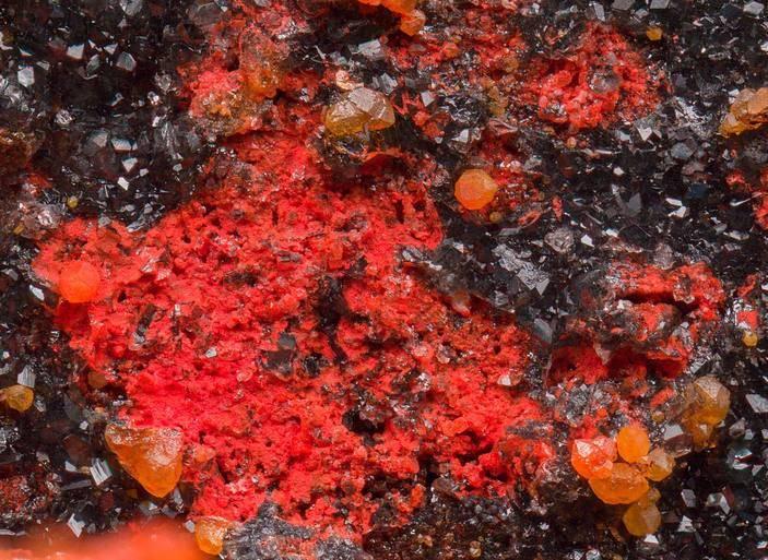 Минеральные краски и пигменты: составы, виды, свойства