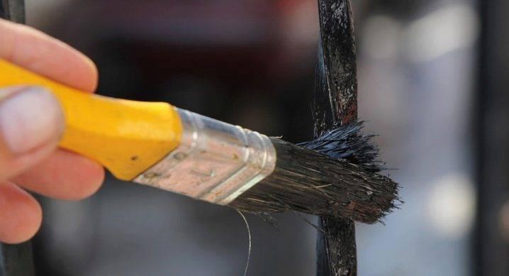 Глянцевая и матовая краска для стен: особенности и область применения составов  | в мире краски
