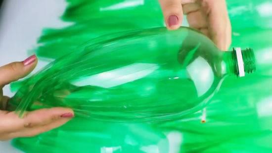 Поделки из пластиковых бутылок своими руками - пошагово с фото