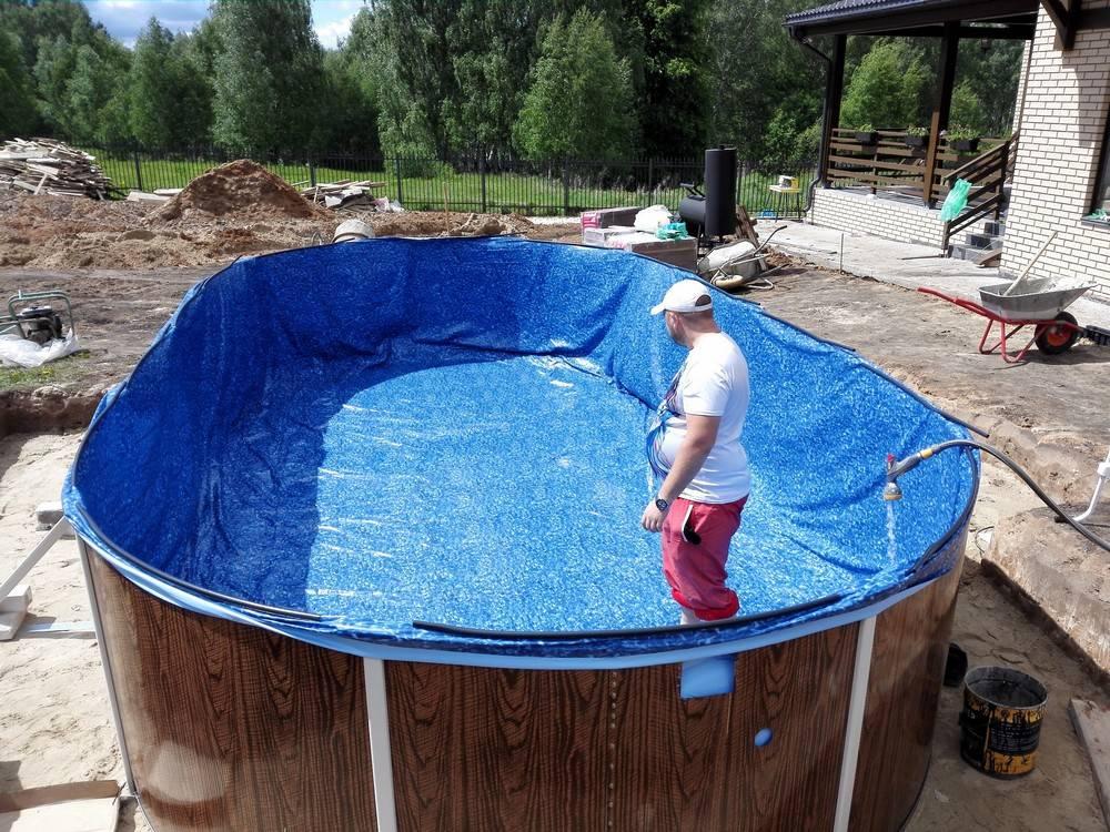 Важный параметр при выборе каркасного бассейна — глубина