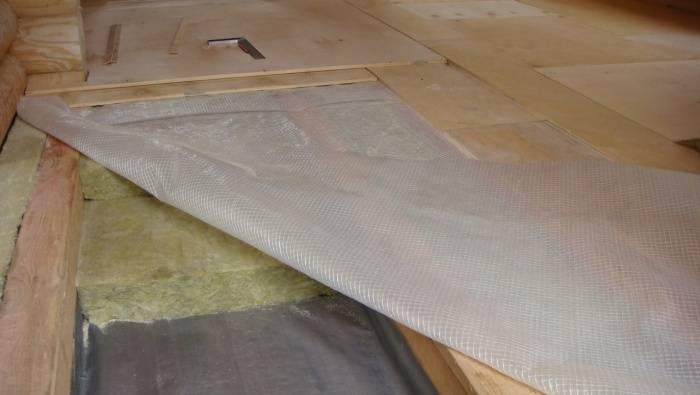 Гидроизоляция ванной комнаты (128 фото): обмазочная для пола из плитки, какую лучше выбрать для изоляции деревянных стен