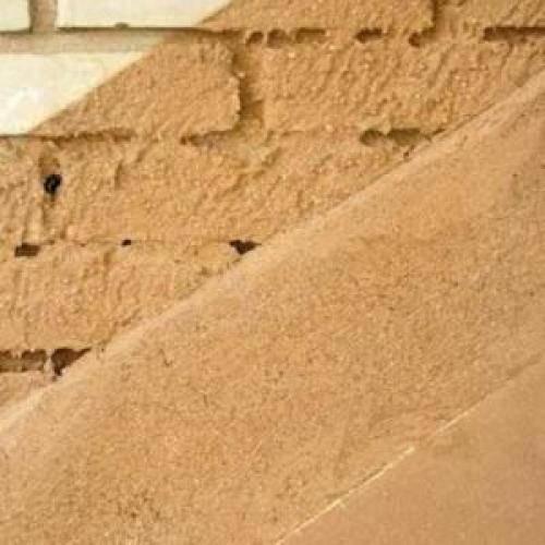 Как приготовить раствор из глины и песка для штукатурки стен?