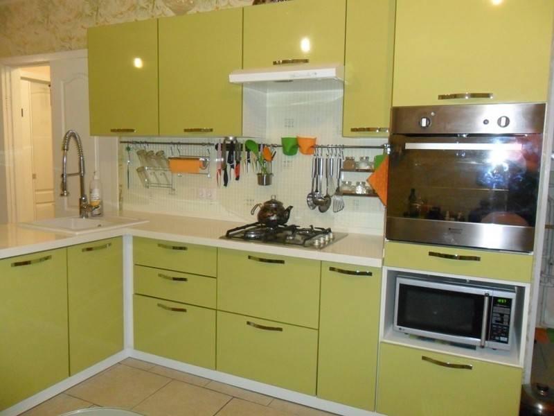 Всё об оливковом цвете на кухне и гарнитуре
