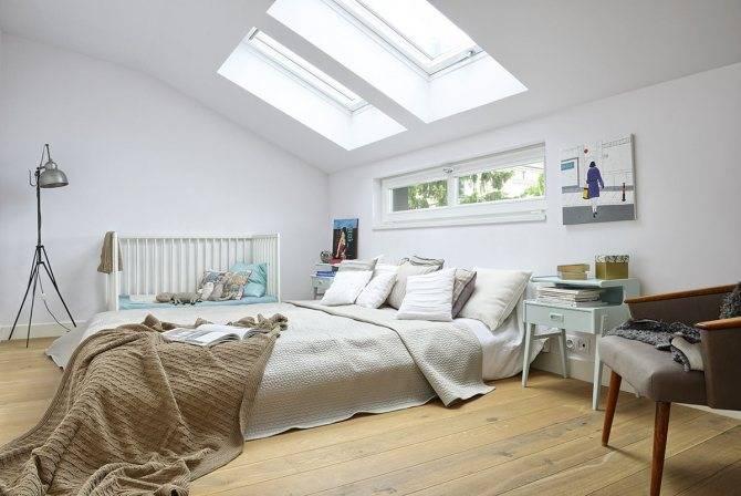 Мансардная спальня — 90 фото модных идей оформления дизайна спальни
