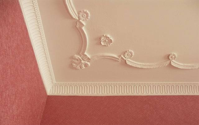 Лепнина на потолок: виды, потолочная лепнина из полиуретана, гипса, пенопласта, лепка на потолке, отделка лепниной под люстру, лепной потолок, гипсовый декор