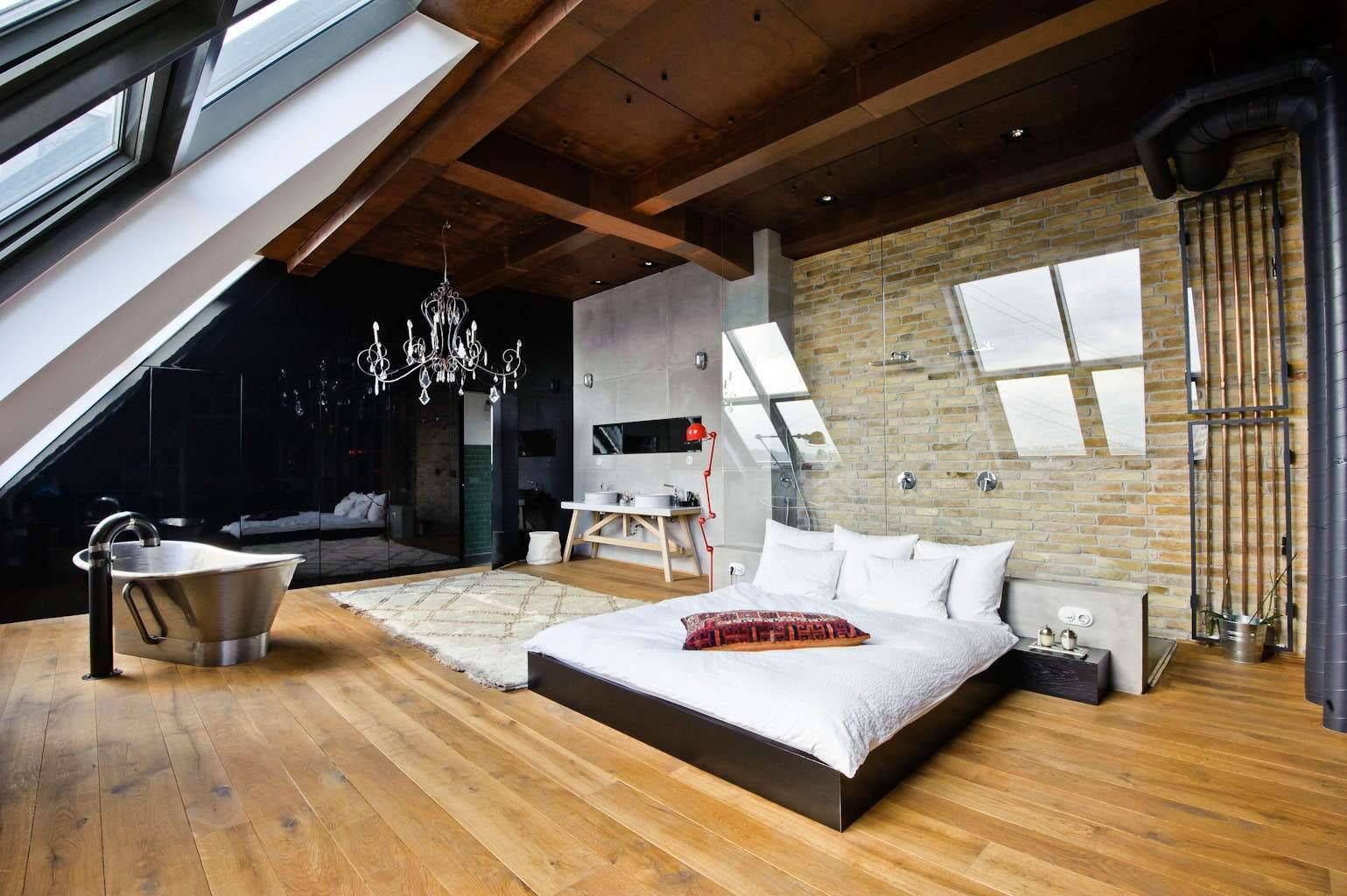 Мансардная спальня - 90 фото лучших идей оформления