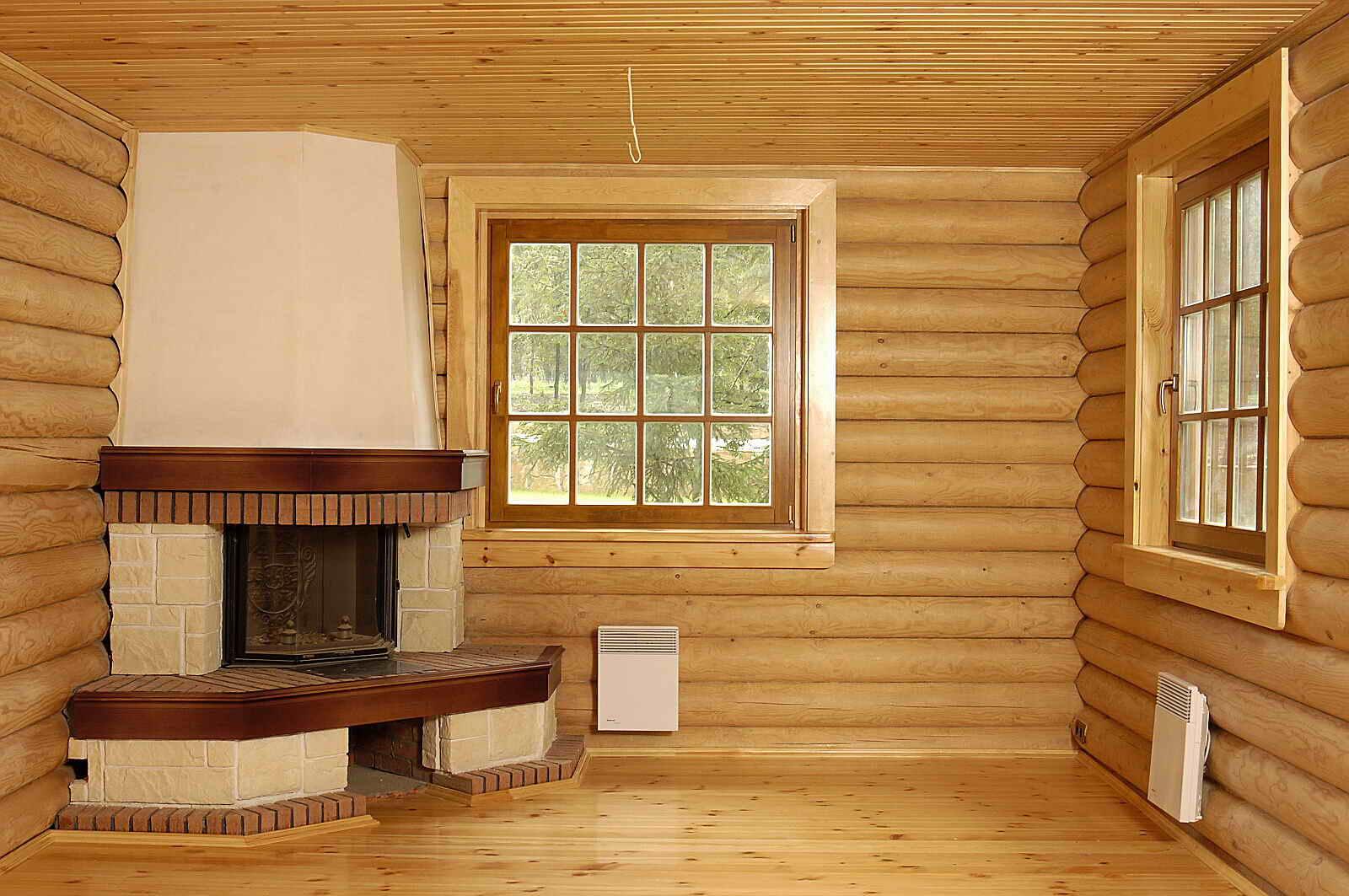Блок-хаус для внутренней отделки (47 фото): как обшить потолок спальной комнаты в квартире, варианты сочетаний материалов внутри дома, красивые примеры в интерьере