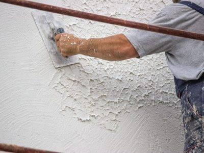 Чем отличается шпаклевка от штукатурки? в чем разница, каковы отличия процесса, штукатурить или шпаклевать стены