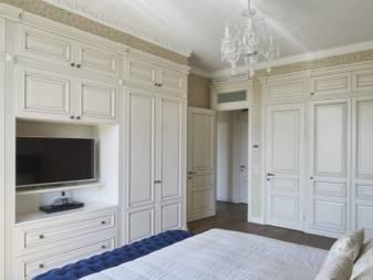 Какие бывают разновидности белых шкафов в спальню, советы по выбору