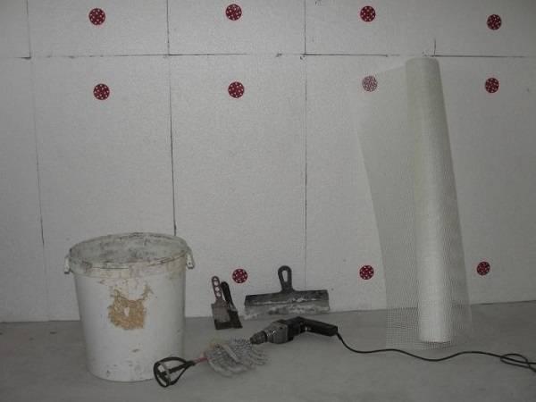 Утепление стен пенопластом своими руками: технология снаружи и изнутри