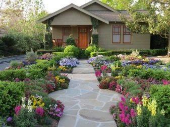 Ландшафтный дизайн небольшого участка перед домом