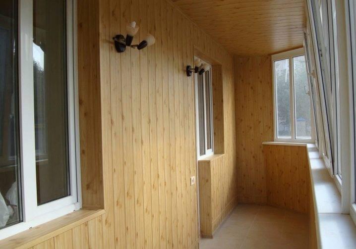 Обзор материалов для внутренней обшивки балкона