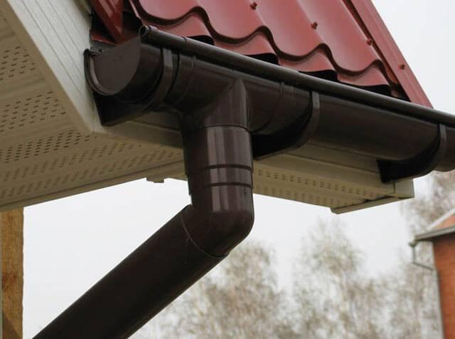 Как сделать водосток с крыши своими руками – устройство и порядок монтажа системы