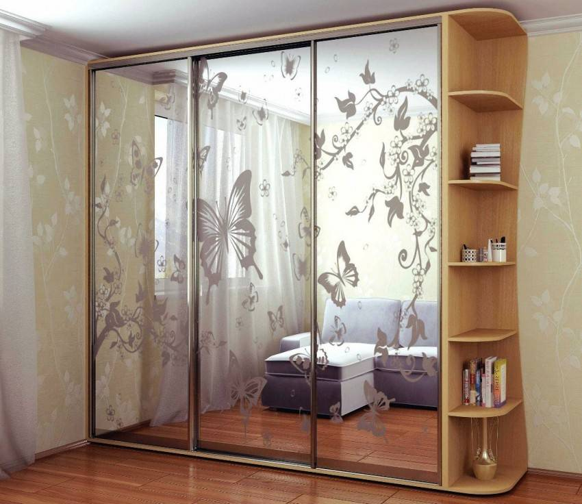 Шкафы-купе с зеркалом в калининграде
