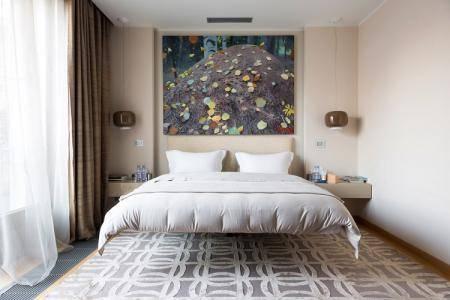 Дизайн гостиной 19-20 кв.м. с одним окном при разных вариантах планировки