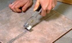 Как резать плитку без плиткореза в домашних условиях — методы, инструменты