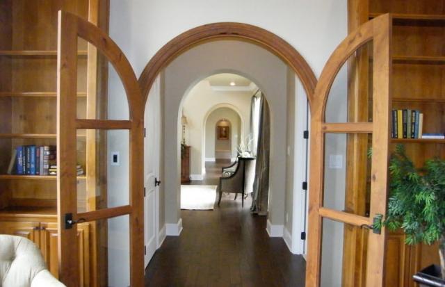 Двустворчатые межкомнатные двери