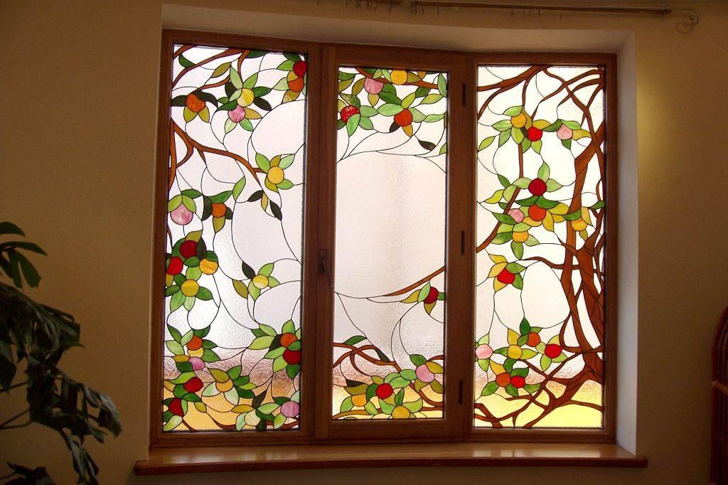 Роспись по стеклу витражными красками: обзор, описание
