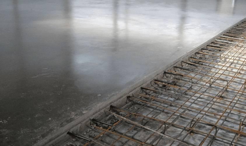 Чем покрыть бетонный пол в гараже, чтобы не пылил  — эффективные средства