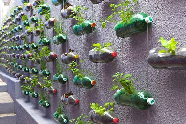 Поделки из пластиковых бутылок. лучшие идеи и мастер-классы с фото
