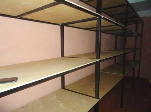 Металлические стеллажи для гаража: сборные навесные полки своими руками, настенные конструкции для хранения