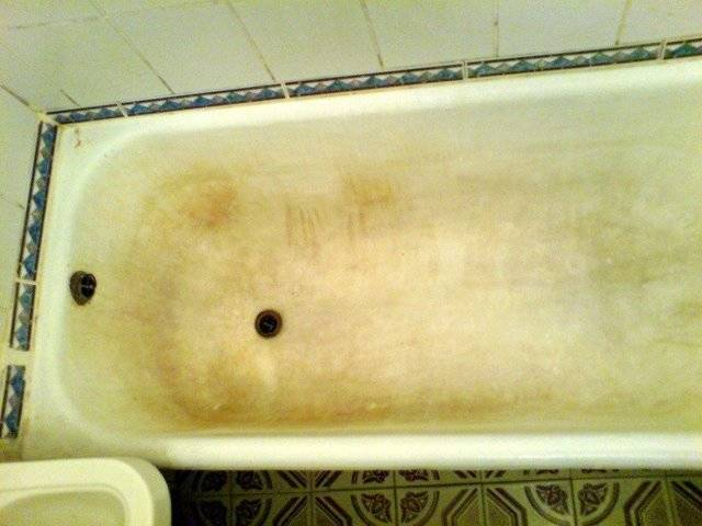 Правила ухода за акриловой ванной в домашних условиях