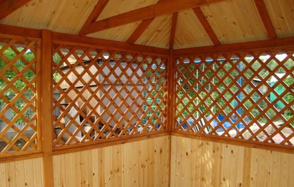 Как сделать деревянные решетки для беседки?