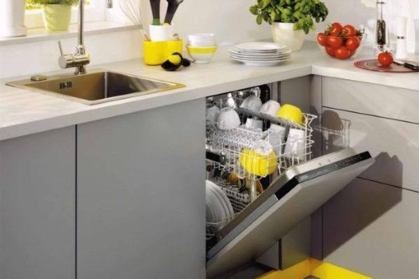 Правильный подход к установке встраиваемой посудомоечной машины
