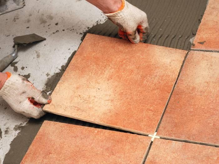 Укладка плитки по диагонали на пол