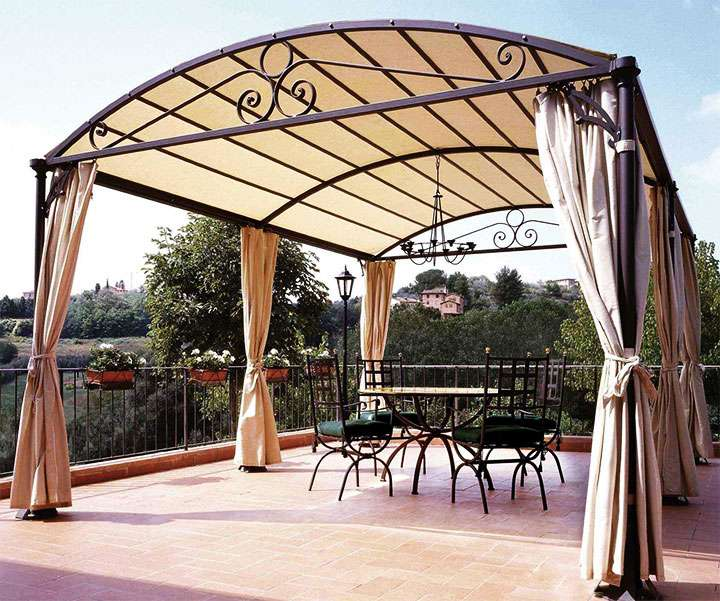 Крыша из поликарбоната - лучшее решение для дачи