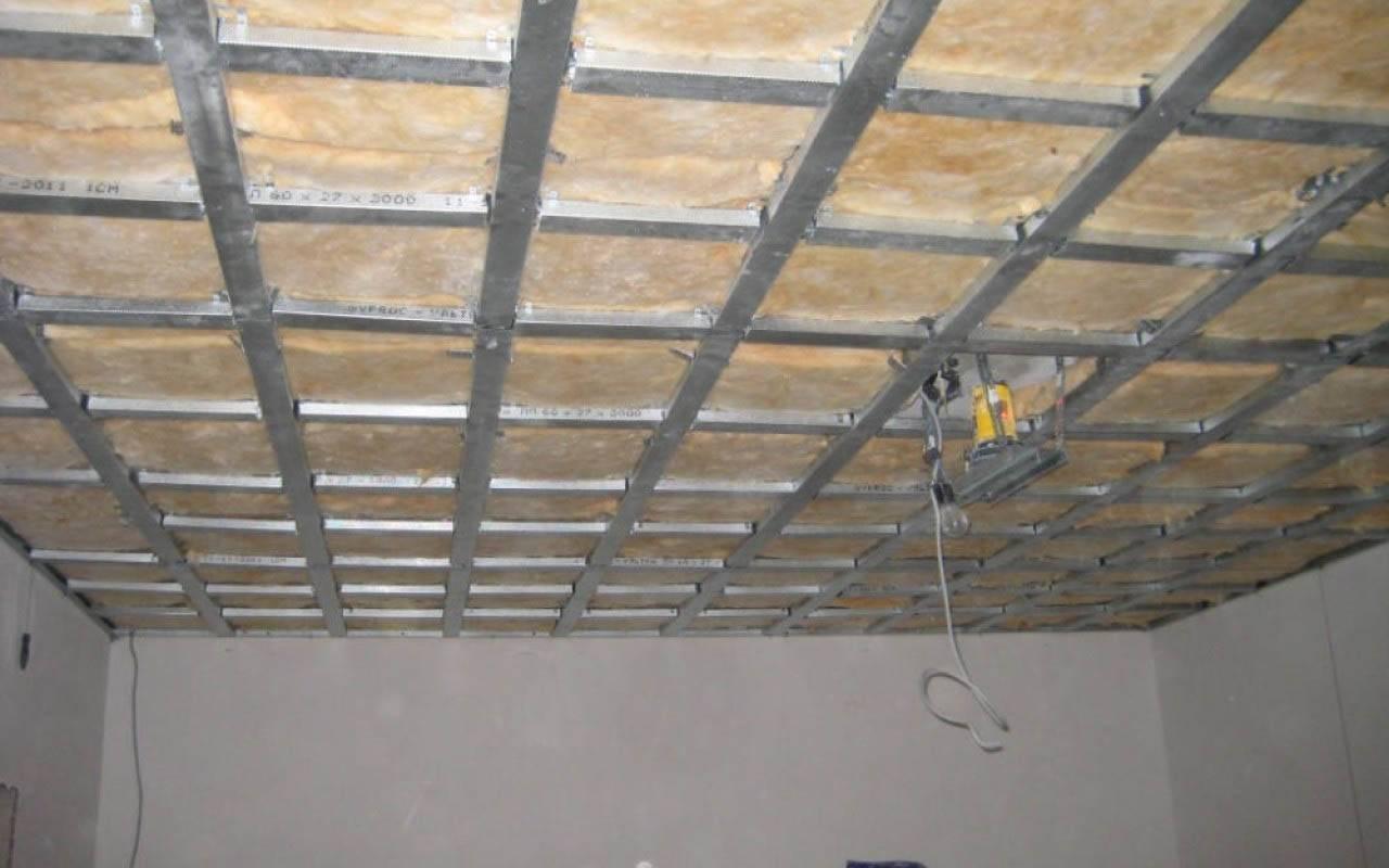 Потолок из гипсокартона с подсветкой своими руками: пошаговая инструкция с фото