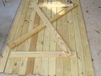 Как сделать дверь из досок своими руками в сарай и другие подсобные помещения
