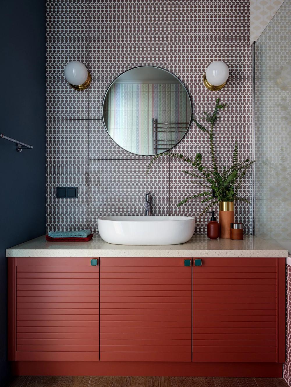 Красная ванная комната — фото лучших идей оформления яркого интерьера в ванной