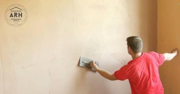 Этапы штукатурки стен и подготовка поверхности к покраске