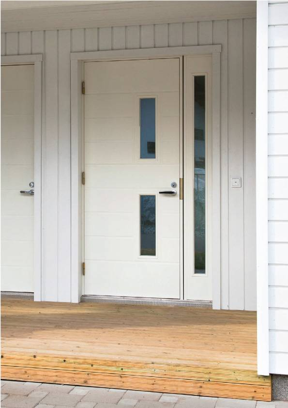 Надежность и красота — обзор финских входных дверей для загородного дома