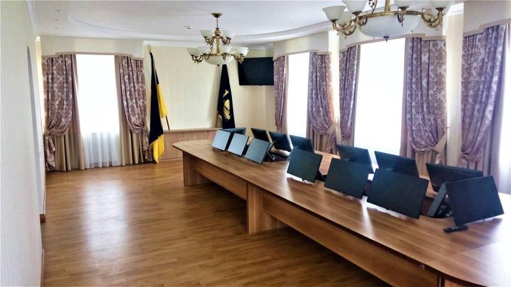 Дизайн кабинета руководителя: зонирование, выбор декора, модные тенденции