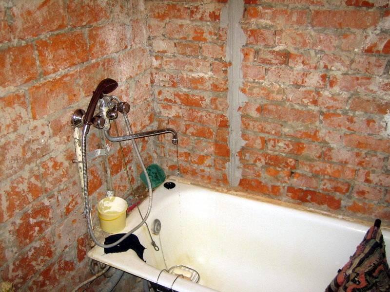 Чем лучше и дешевле выровнять стены в интерьере – гипсокартоном или штукатуркой