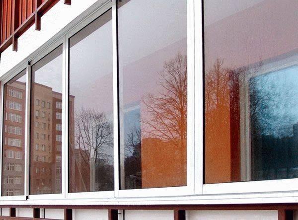 Алюминиевые окна на балкон