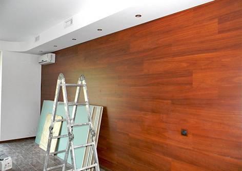 Ламинат на стене как отделочный материал для различных интерьеров
