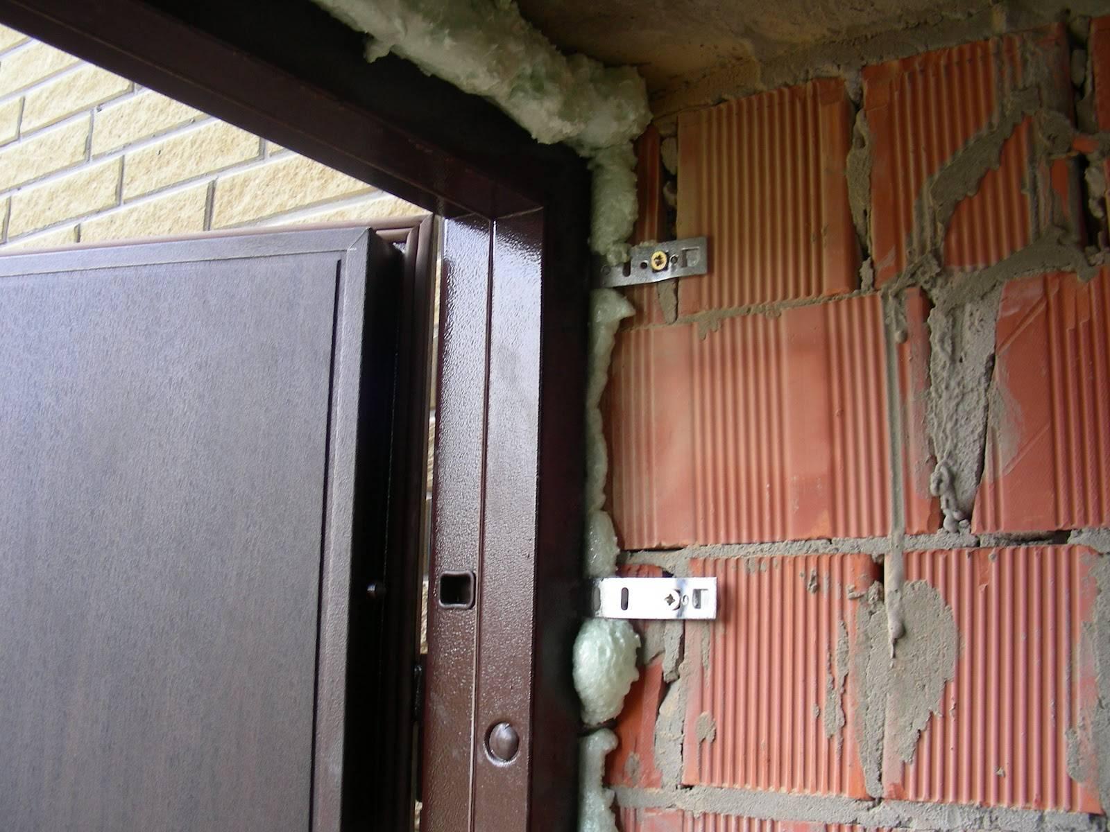 Чем и как утеплить железные двери частном доме и квартире своими руками