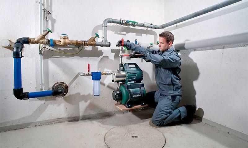 Как установить насосную станцию для подачи воды в частный дом