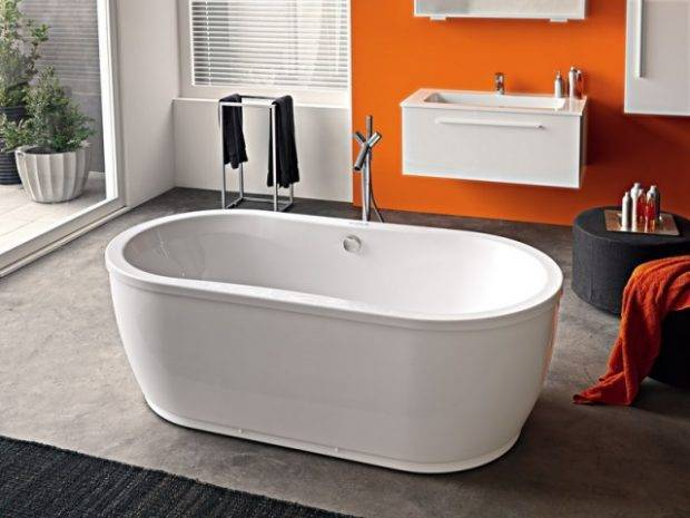 Советы экспертов: как правильно выбрать лучшую акриловую ванну?