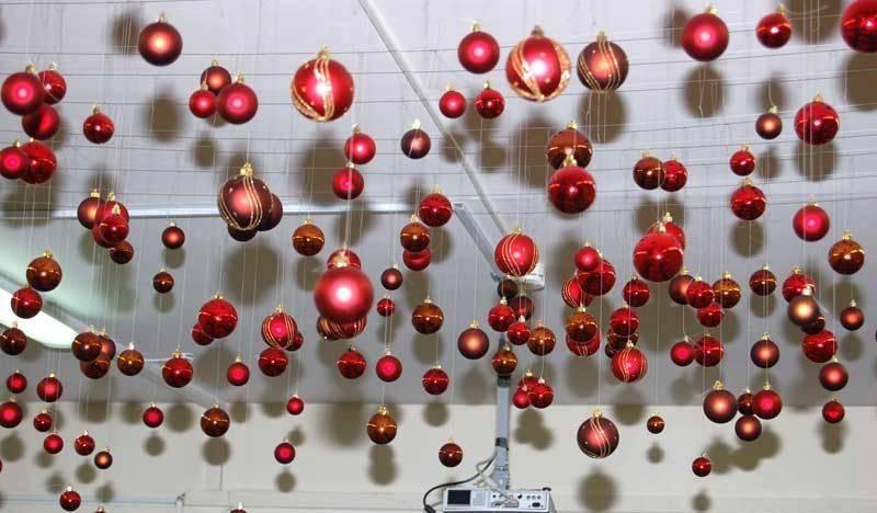 Как украсить офис на новый год 2020 своими руками: идеи декора (фото, новинки)