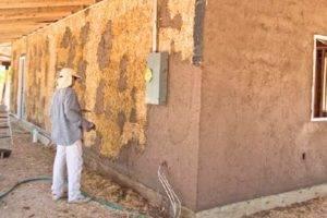Чем штукатурить деревянные стены внутри дома